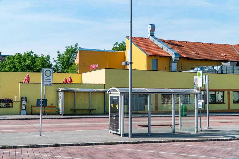 Busbahnhof 04
